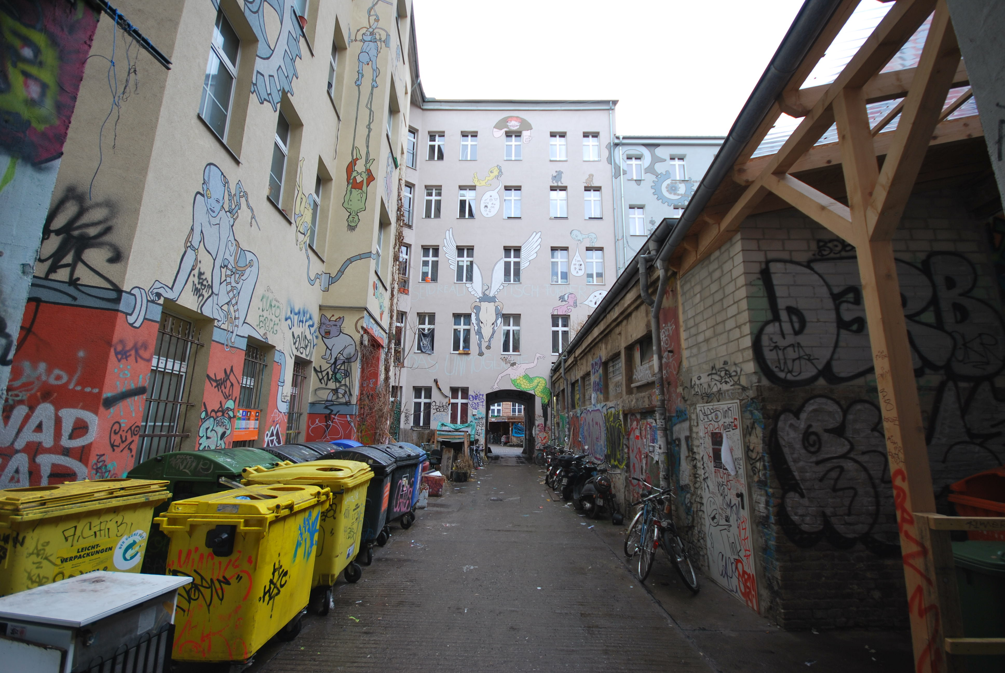 Brunnenstr 7 - Hof1